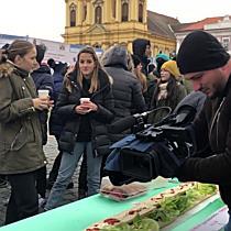 Sandviș uriaș în Piața Unirii din Timișoara