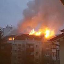 Incendiu puternic la mansarda unui bloc de pe Calea Martirilor din Timișoara 3