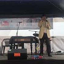 """Robu a refuzat să cânte la festivalul de patru ore dedicat menestrelilor """"O să mai cânt pe stradă"""""""