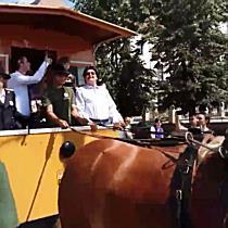 Confetti, Robu tras de cai, fanfară și parada tramvaielor vechi, la 150 de ani de transport public l