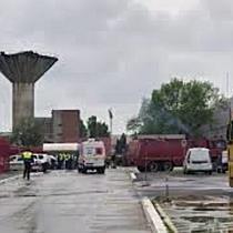 Sute de persoane evacuate în urma unui incendiu la turnătoria fabricii TRW