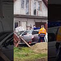 Tânără la spital după ce i s a făcut rău și a provocat un accident de circulație, lângă Timișoara