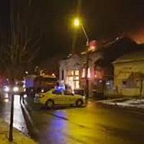 Un mort si doua cladiri distruse in urma unui incendiu violent, la Timisoara (2)