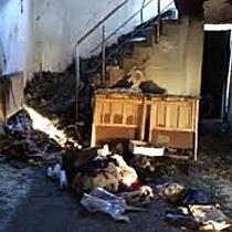 O familie din Sânmihaiu Român luptă să și reconstruiască casa care a ars
