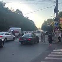 Protest în Lipovei, după mai bine de 24 de ore fără curent