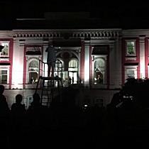 Spectacol total in Piata Libertatii, cu proiectii pe cladiri, muzica si dans
