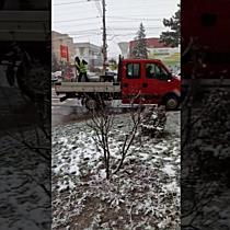 Gropile se astupa la foc automat pe ninsoare, la Timisoara
