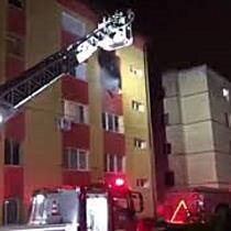 Peste 40 de persoane evacuate dintr-un bloc, în urma unui incendiu, la Timișoara 2