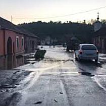 Strazi inundate in Ohaba Lunga