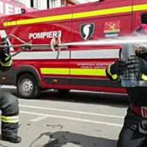 Pompierii timișeni răspund la Bottle Cap Challenge  Au zburat capacul cu un jet sub presiune!