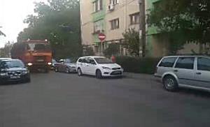 Soferita ranita dupa ce a intrat in intersectie fara sa acorde prioritate, la Timisoara