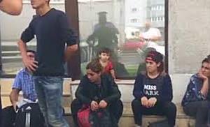 Grup de migranti descoperit de politisti pe strada, in Calea Sagului din Timisoara