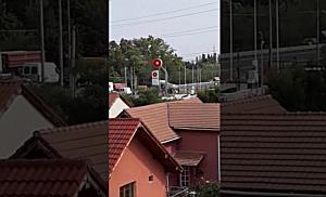 O macara a dat peste cap toată circulația pe Calea Lugojului din Timișoara