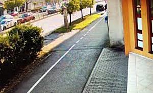 Două persoane la spital după ce două mașini s au ciocnit violent, pe Bulevardul Iuliu Maniu din Timi