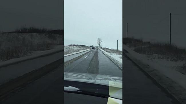 Avalansa de accidente din cauza poleiului, pe drumurile din Timis