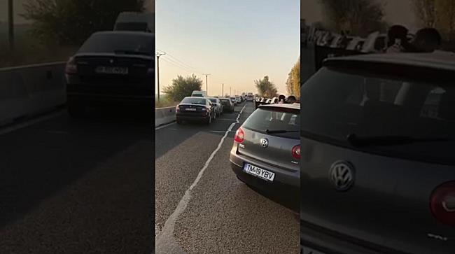 Circulație închisă între Timișoara și Șag după un accident în lanț