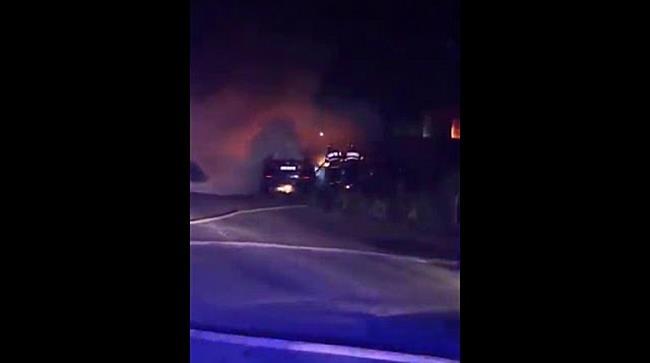 Trei mașini cuprinse de flăcări în urma unui accident, la Timișoara