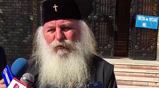 Mitropolitul Banatului a votat la referendum