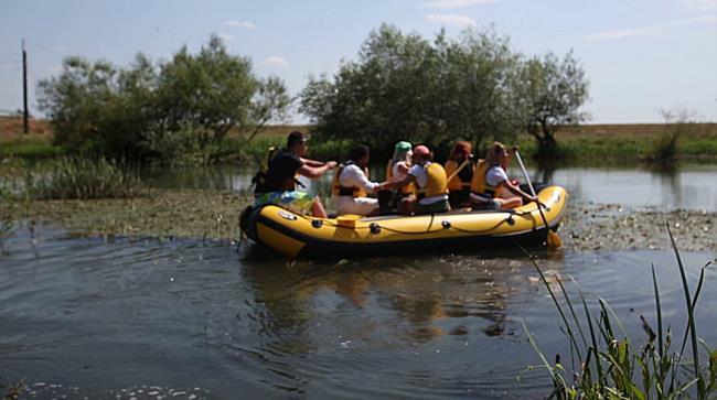 Excursie cu barca, langa Timisoara, pe Bega 2
