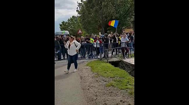 Viorica Dăncilă, prim-ministrul României, așteptată cu huiduieli la Giarmata, în Timiș 3