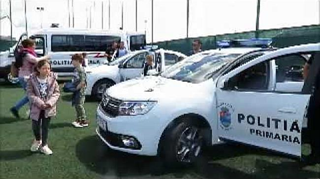 Sute de copii la sediul Poliției Locale, de Ziua Porților Deschise